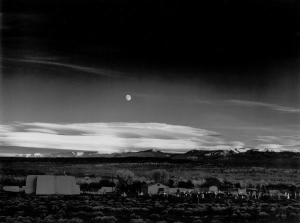 096-Moonrise-Hernandez-1941-600x446.jpg